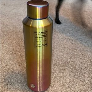 Starbucks vaccum insulated water bottle